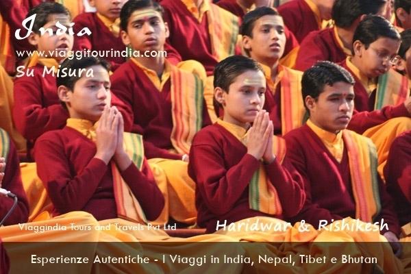 INDIA DEL NORD - VIAGGIO YOGA VIAGGIO  A RISHIKESH: CAPITALE MONDIALE  DELLO YOGA - Tour DAL 21 AL 31 DICEMBRE Agenzie di viaggio in India