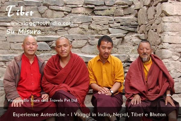 Il Viaggio in India, Nepal e Tibet - 14 Giorni DELHI - SAMODE - JAIPUR - AGRA - KATHMANDU - LHASA - KATHMANDU - DELHI