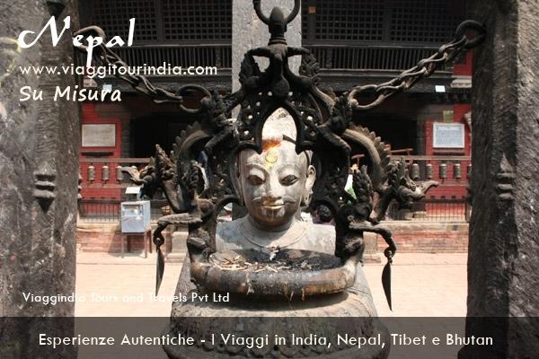 Il Viaggio in Nepal - 10 Giorni KATHMANDU - DHULIKHEL - POKHARA - CHITWAN - KATHMANDU - NAGARKOT - KATHMANDU